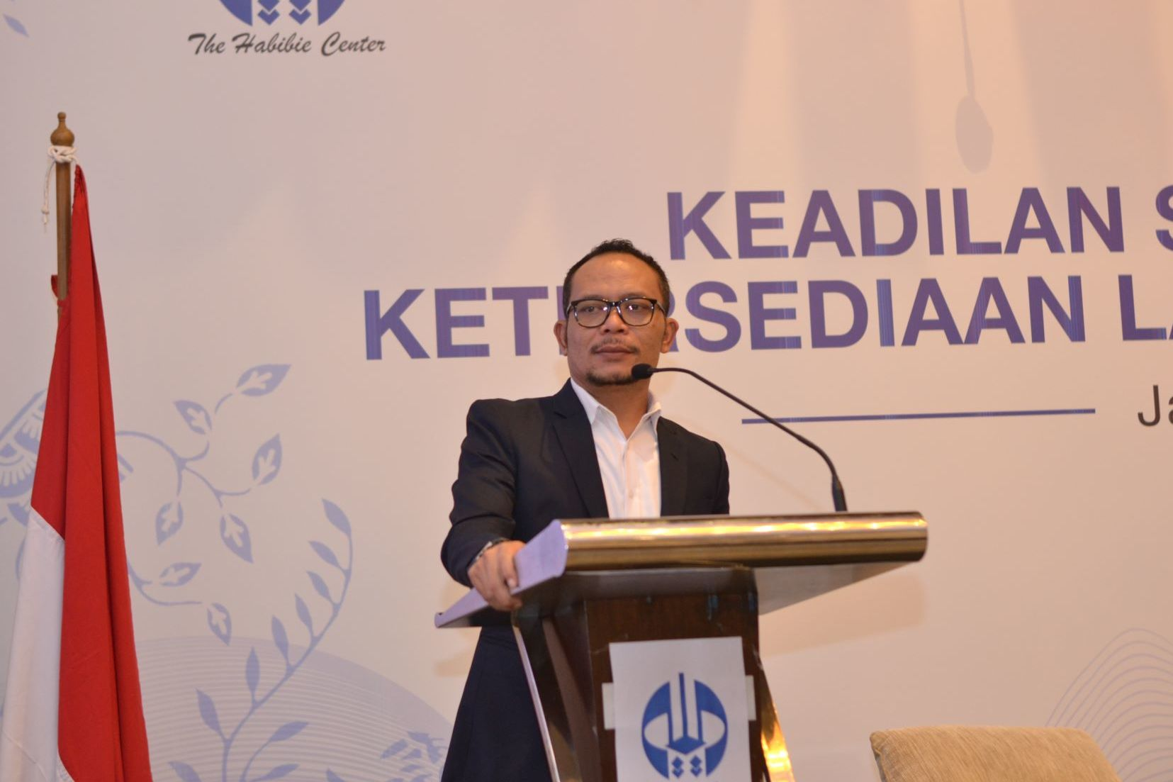 The Keynote Speech was delivered by H.E. Hanif Dhakiri, Indonesian Minister of Labour.