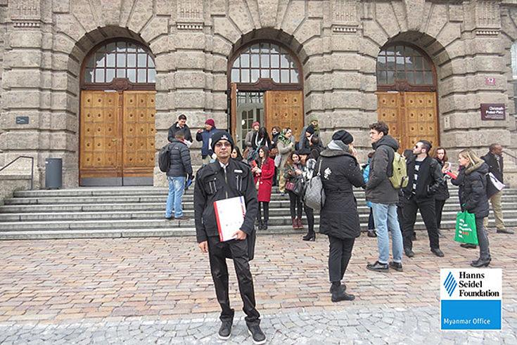 Aung Soe Min from Hanns Seidel Foundation Myanmar in front of the University of Innsbruck.