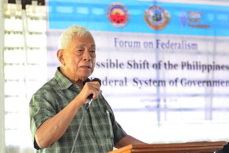 Senator Pimentel delivers his presentation
