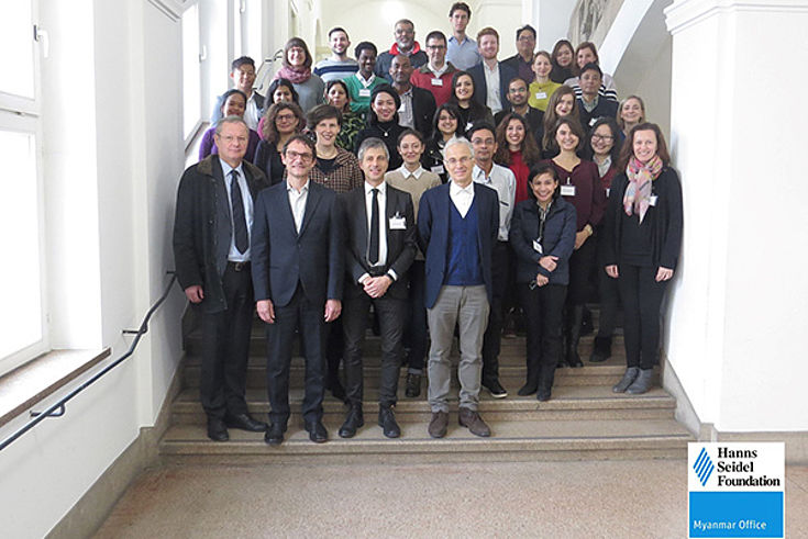 Participants and professors of the 2018 Winter School on Federalism and Governance at the University of Innsbruck.