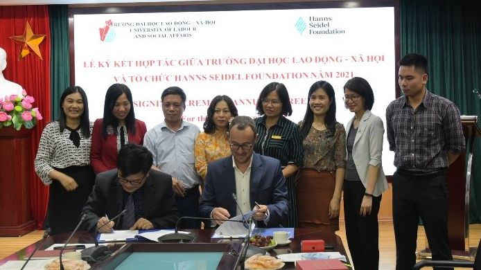 The University of Labour and Social Affairs and the Hanns Seidel Foundation Vietnam signed an Annual Agreement for the calendar year 2021