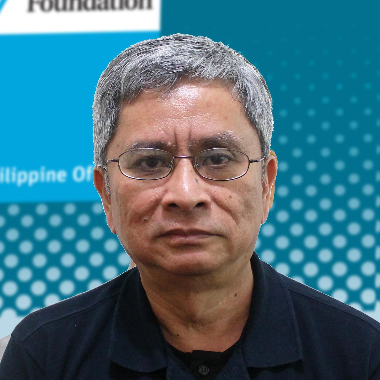 Program Coordinator: Noel Ruiz